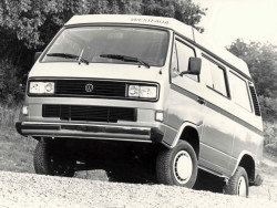 Westfalia-Volkswagen-T3-Vanagon-Camper-Syncro-1987-1991-Photo-01